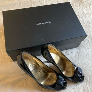 Dolce & Gabbana black patent leather peep toe heel